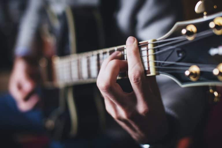How to Begin Learning Guitar | Easiest Way To Get Started