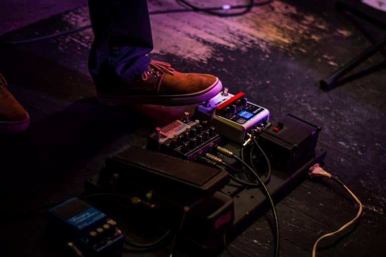 Best Guitar Multi-Effects Pedals for Beginners